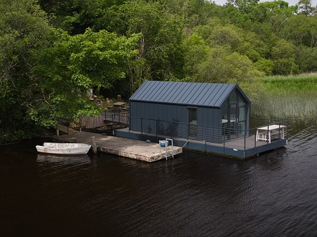 Bluefield Houseboats: Product image 3